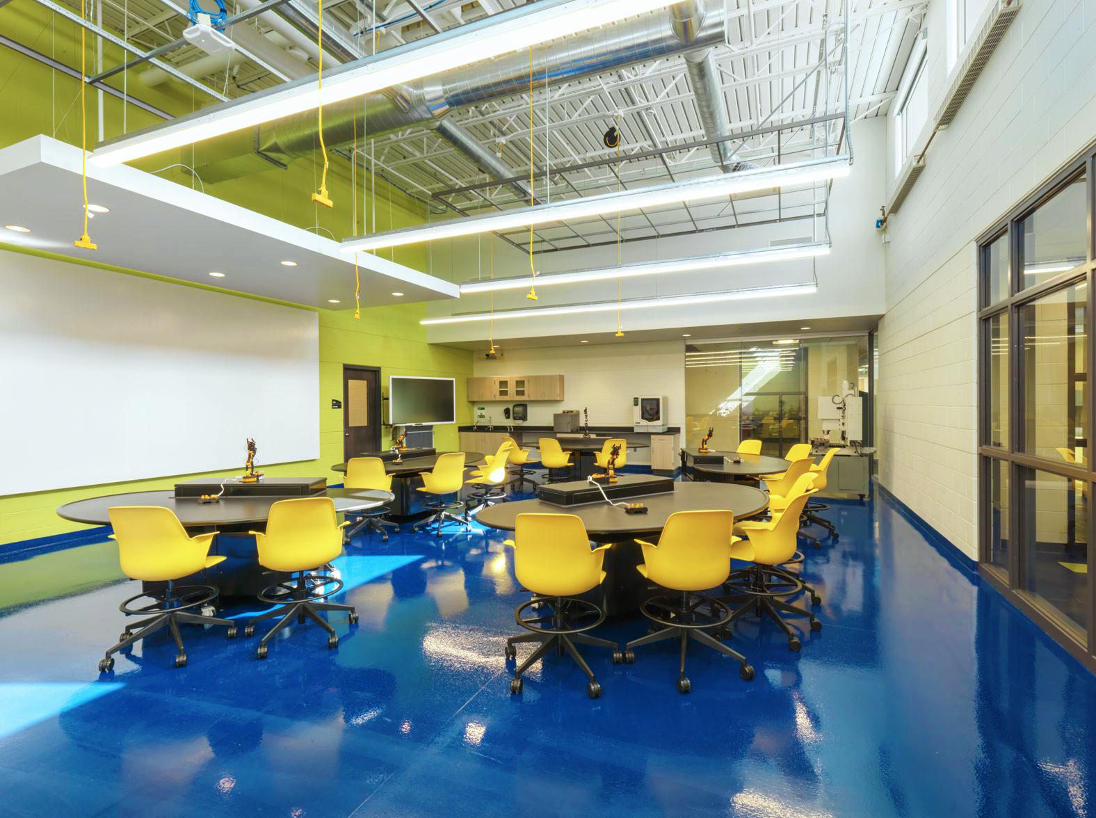 John C. Dunham STEM Partnership School / Cordogan Clark & Associates Architects