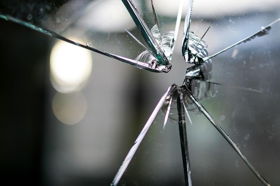 glass-1497227_960_720.jpg