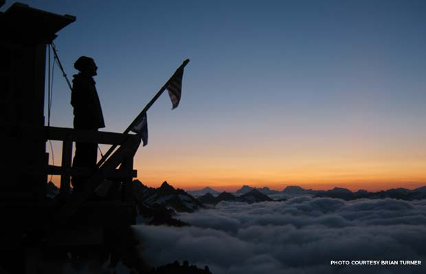 140408_blog_green-mountain-lookout_dawn