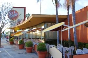Bob's Big Boy, Burbank, CA. 1949. Wayne McAllister, architect. Since being landmarked, Bob's has expanded business with a sidewalk dining area.