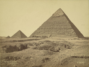 Giza. Pyramids of Khafre and Menkaure (Chefren and Mykerinus) |Credit: A. D. White Architectural Photographs, Cornell University Library via Flickr.