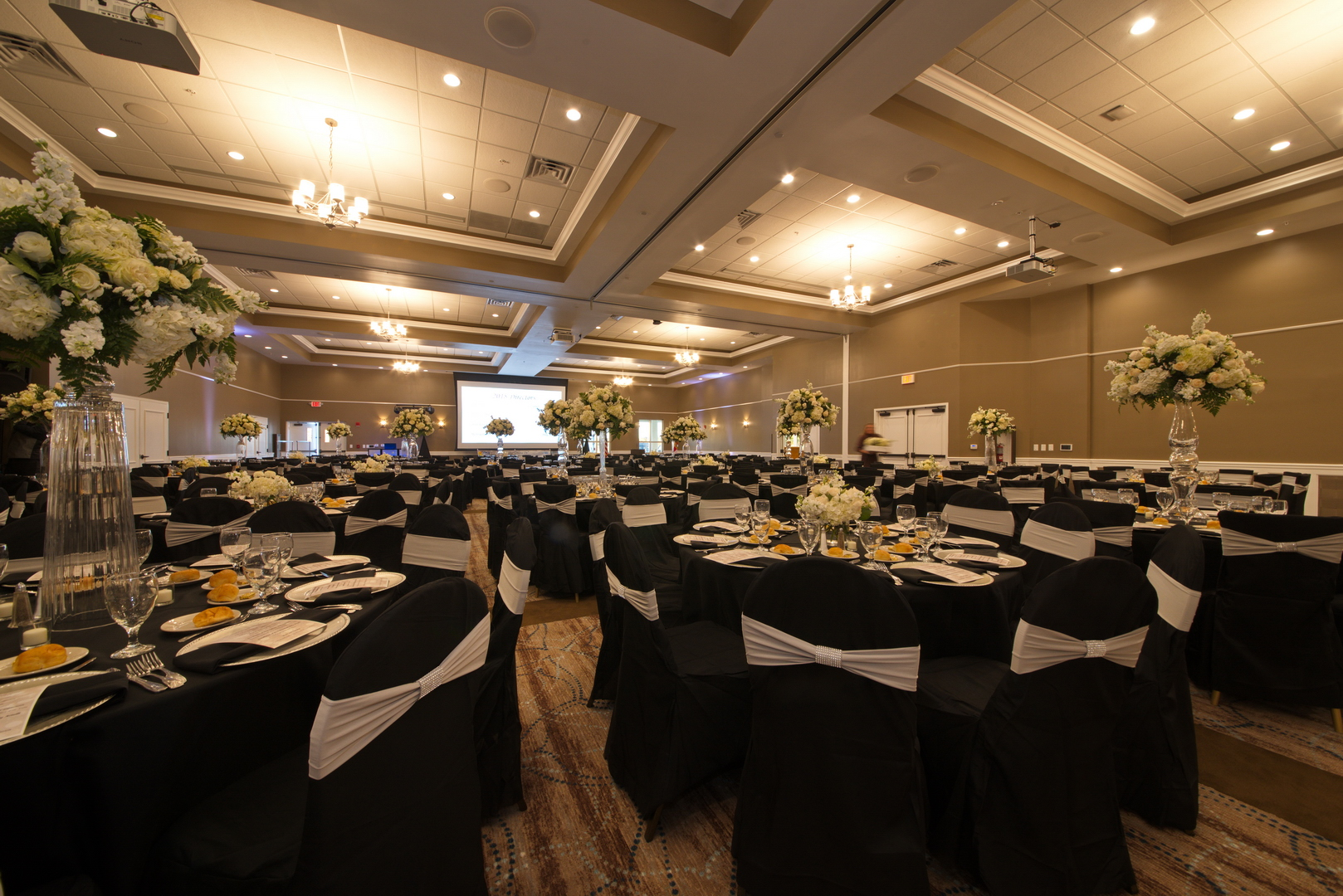 Oasis at Palm Shores banquet hall south facing angle