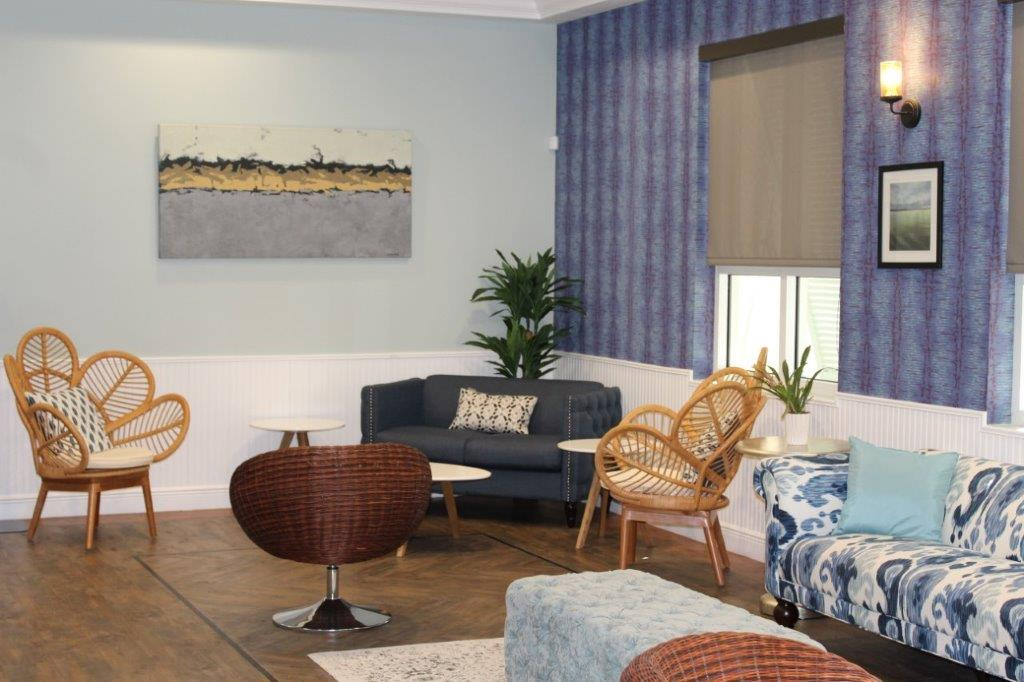 Oasis at Palm Shores rental space foyer coffee tables and couches