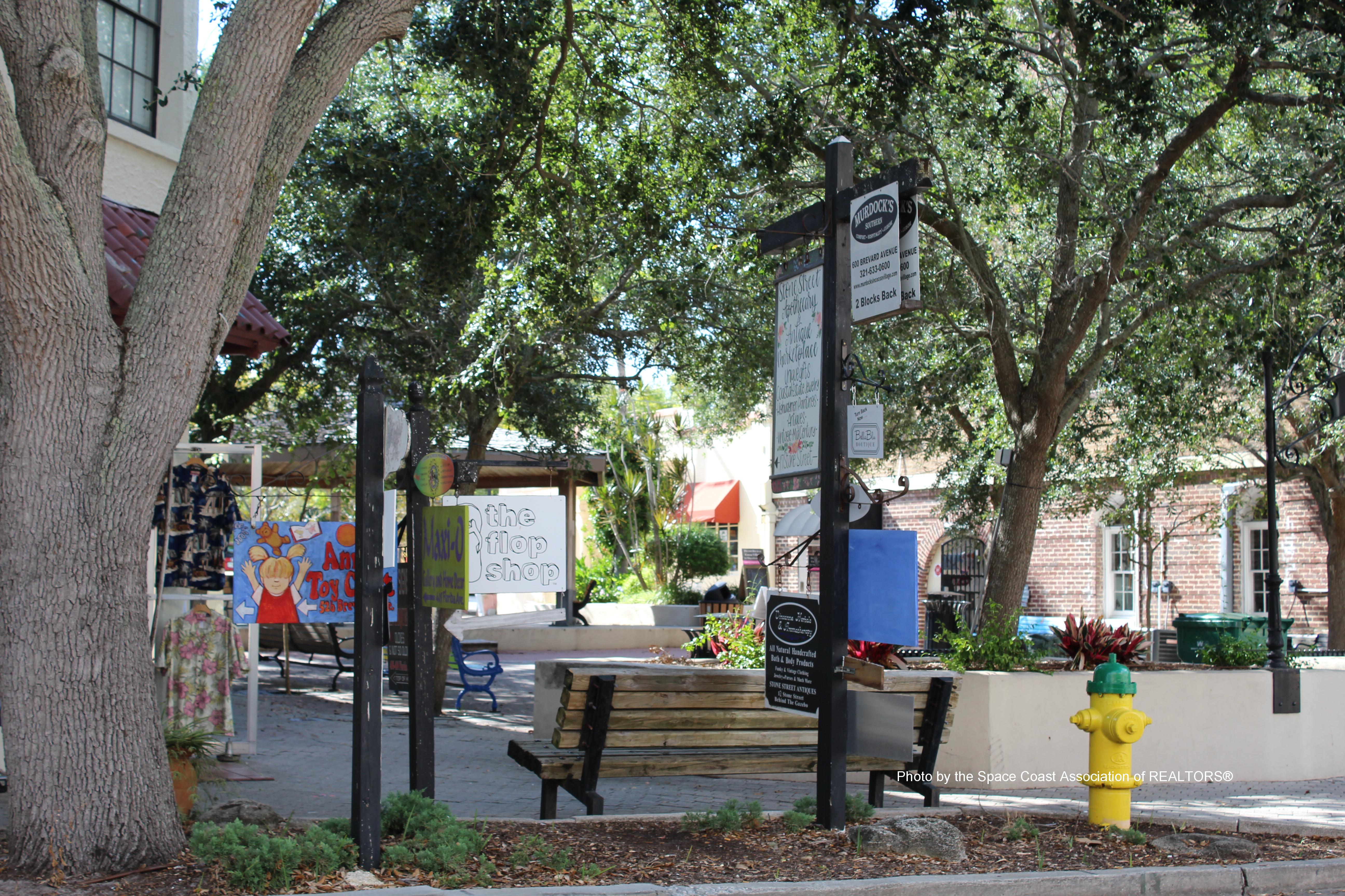 courtyard Cocoa Village, Florida